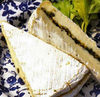 Brie aux noix et pistaches