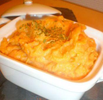 Écrasé de patates douces et coriandre