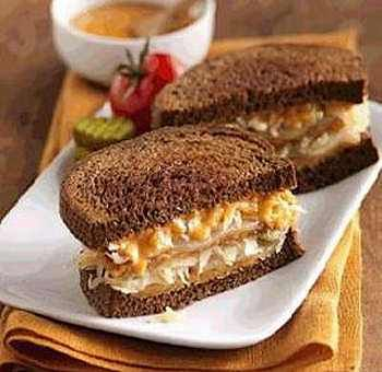 Sandwich végétarien au tempeh