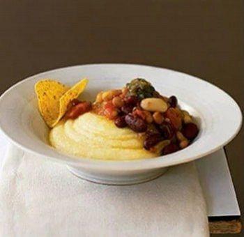 Chili végétarien et polenta