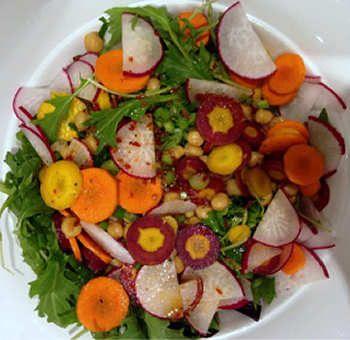 Salade d'automne légèrement épicée