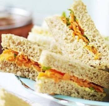 Sandwichs carottes raisins secs