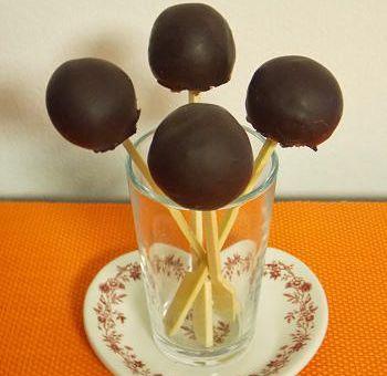 Bonbons sucettes aux noix