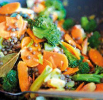 Wok de lentilles, légumes d'automne et curry