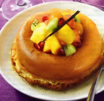 Baba aux fruits frais et sirop de Gewurtz