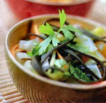 Spaguettis de mer aux poireaux