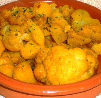 Curry de chou-fleur et pommes de terre