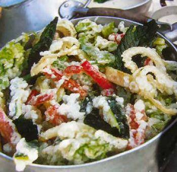 Tempura de légumes, sauce aux herbes